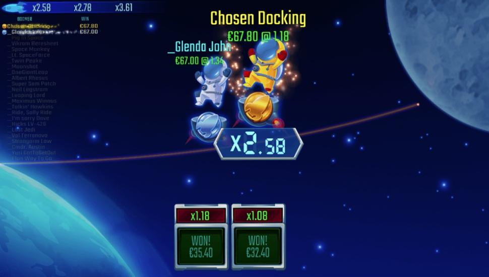 AstroBoomers: To The Moon - Bonus Features
